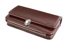 Bardzo duży portfel skórzany damski w kolorze brązowym z rączką