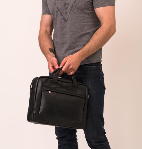 "Bronzeville Black 15,6"" torba na laptopa skórzana"