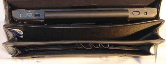 "Praktyczny czarny neseser na laptopa Halsted 15,6"""
